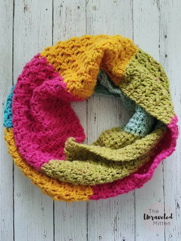 Textured Infinity Scarf Pattern Using One Caron Cake The Unraveled Mitten