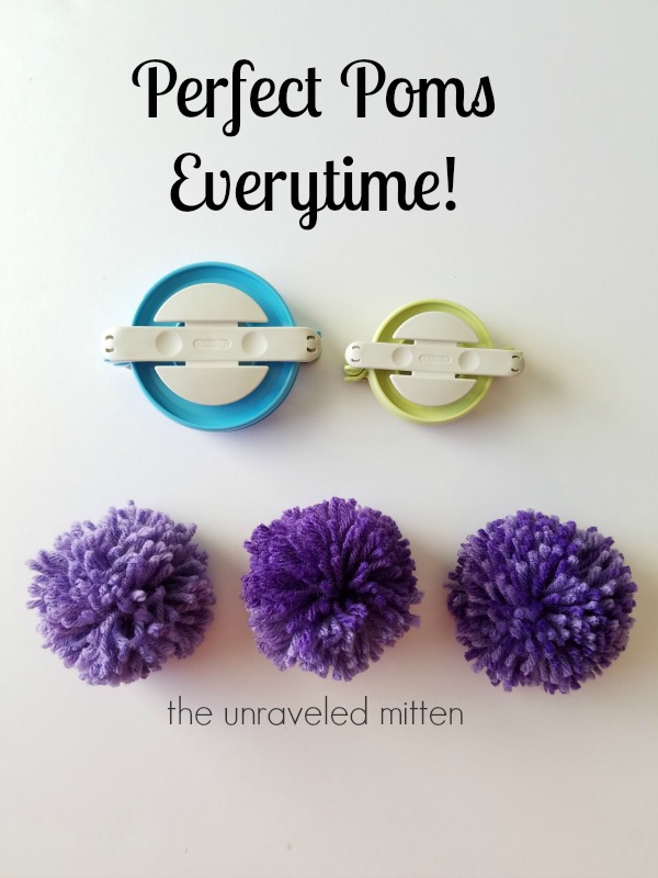 Pompom tutorial | Clover Pompom maker | The Unraveled Mitten
