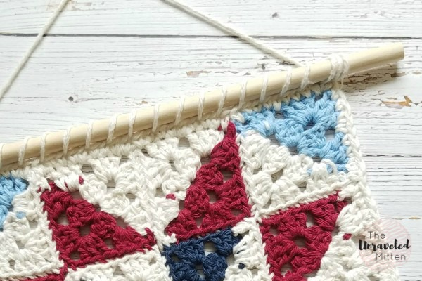 Farmhouse Style Barn Quilt Wall Hanging   Free Crochet Pattern   The Unraveled MItten
