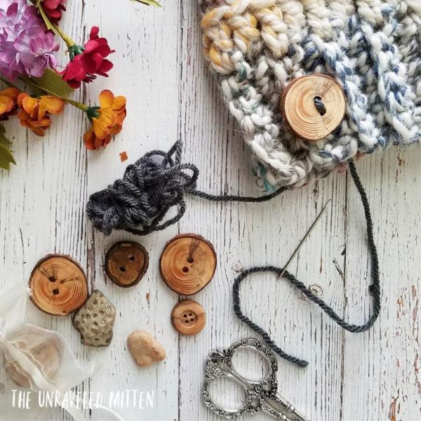 Oakland Chunky Crochet Hat | Free Crochet pattern | The Unraveled Mitten