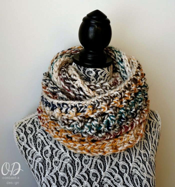 9 Free Crochet Patterns Using Wool-Ease Thick and quick in Hudson Bay | Elemental Infinity Scarf by Oombawka Design | part of a round up on The Unraveled Mitten