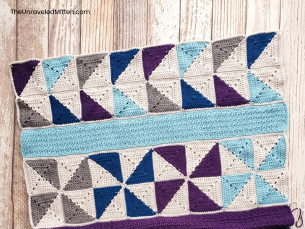 Winter Waves Quilt Inspired Throw Blanket CAL Part 7 | The Unraveled MItten