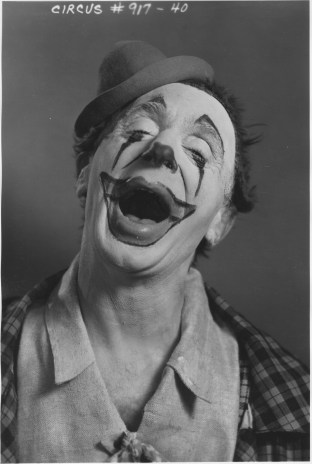 "WPA Federal Theatre Circus. ""Rocco"" member of clown alley. 69-TC-NYC-19-917-40."