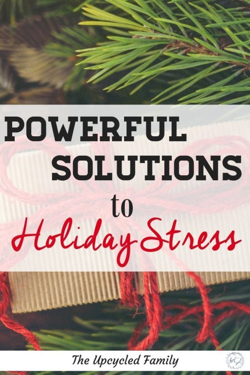 Managing Holiday Stress and anxiety can be difficult. Find simple, powerful and NATURAL solutions to beat holiday stress. #holidaystressmanagement #managingstress #seasonalstress #holidaystressfamily #holidaystresstips