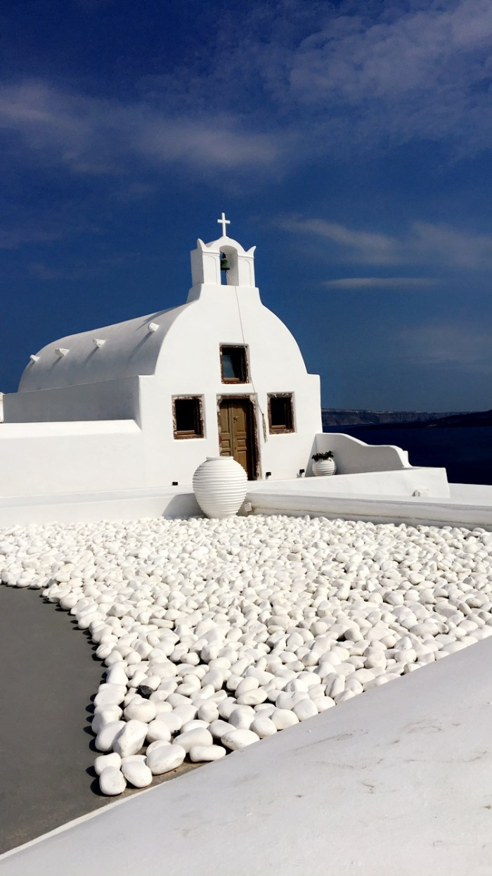 Santorini, Oia, Greece, Greek islands, islands, Europe, travel, wanderlust, explore, flowers, sea
