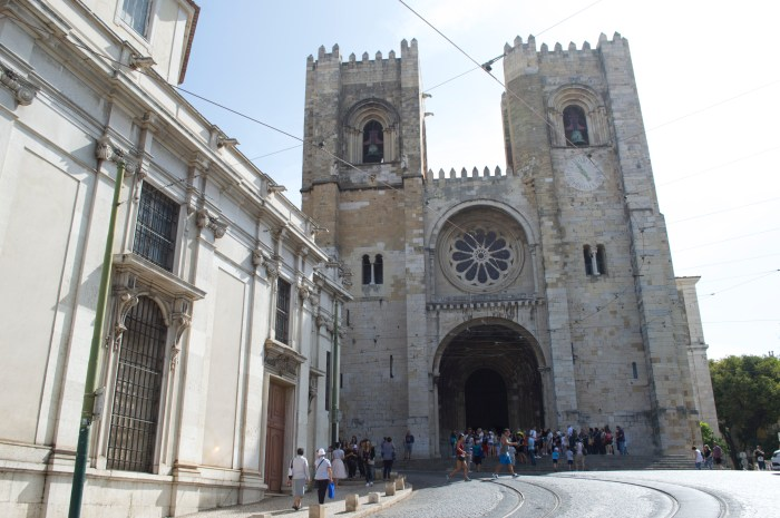 Lisbon, Portugal, Europe, travel, explore, wanderlust, Se Catedral, Roman Catholic, Church, cathedral, catholic, ancient, medieval