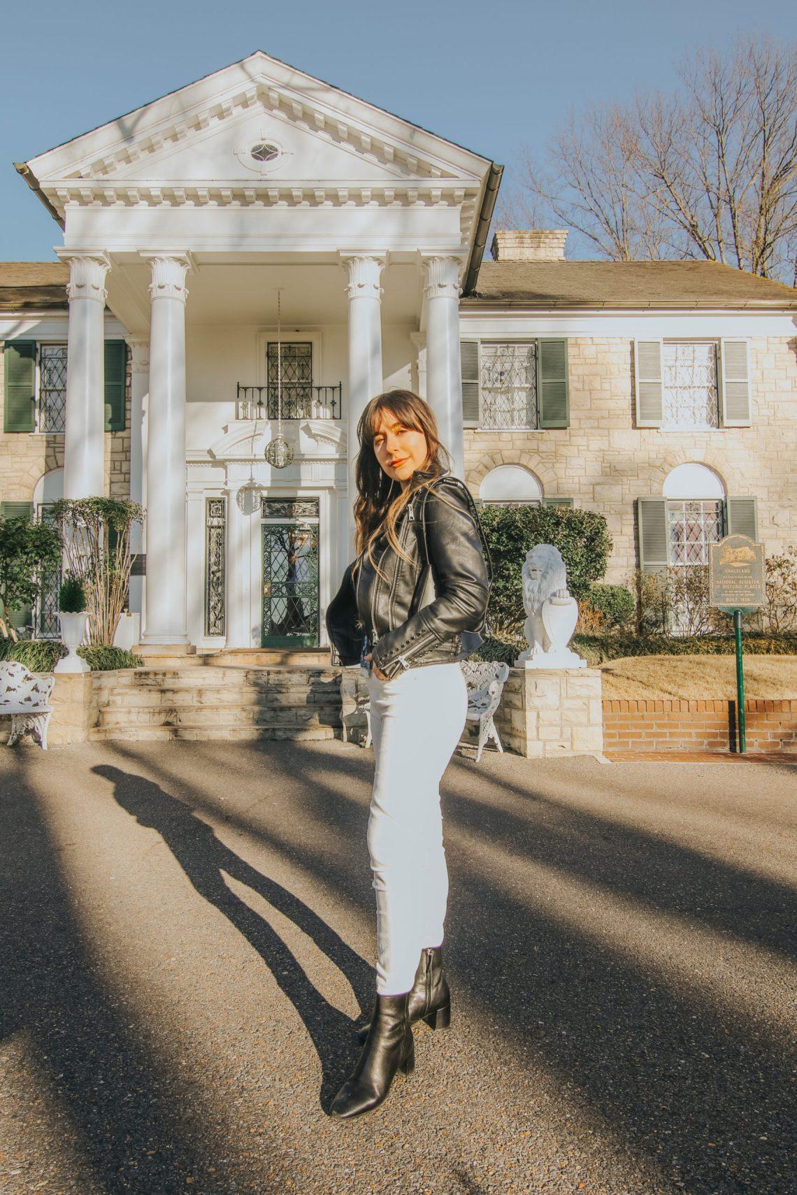 Graceland, Elvis Presley, Blues, Memphis, Tennessee, Memphis Travel Guide, travel guide, The Best Instagram Spots in Memphis, travel, The Urban Darling, fashion, boho fashion, bohemian.