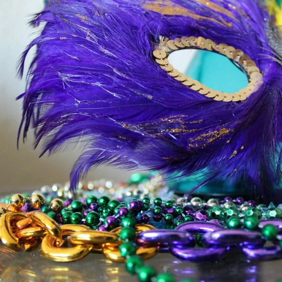 mardi gras, new orleans, NOLA, dating in new orleans, long distance fling, the urban dater