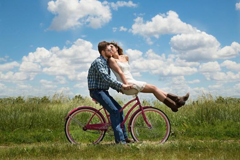 Modern Dating: Ghosting or Growing