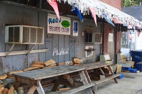 Holiday Dating: Stranded in Clarksdale.