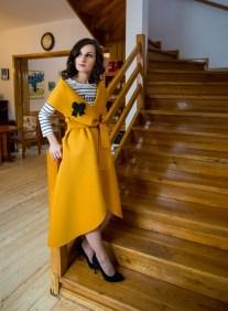 Rochie vesta neopren mustar by Gia Bacioiu