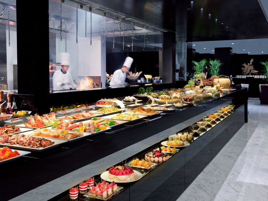 Photo of the dinner buffet at Medley