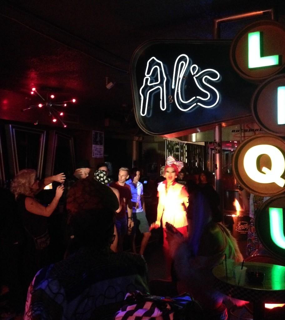 Miami-drag-show-2-the-urban-traveler