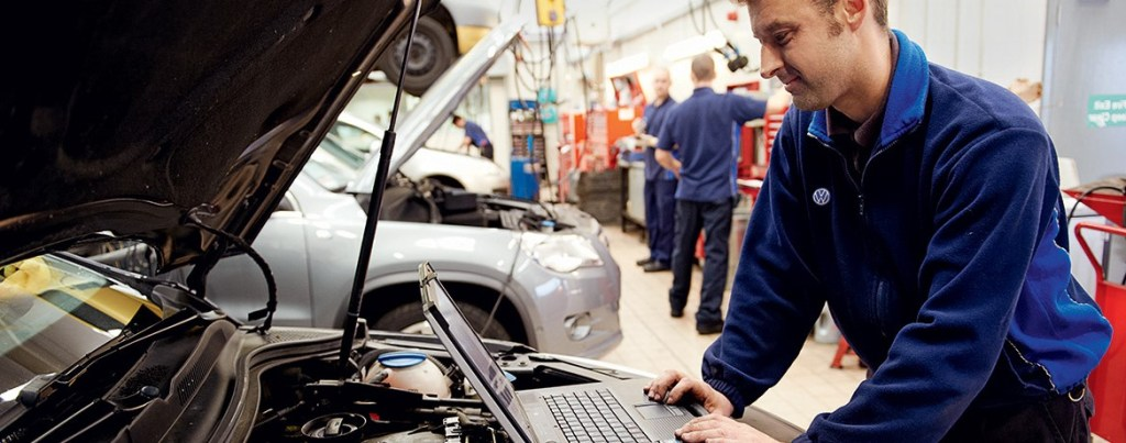 checking the service history of a used car