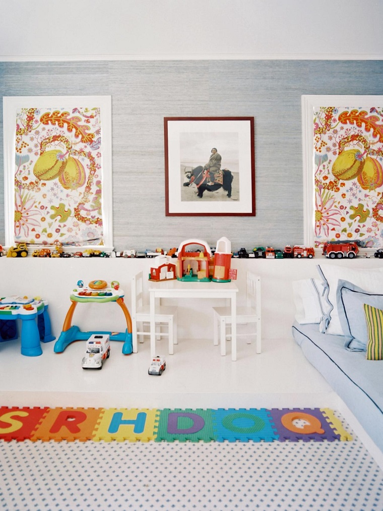 decorate with pictures wall room children modern ideas