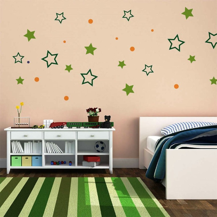 children's bedroom wall green stars