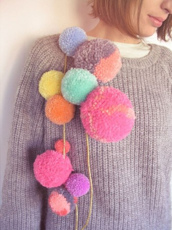 jersey with pompoms