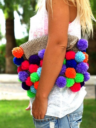 make bags with pompoms