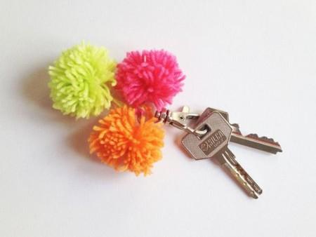 pompoms keychain