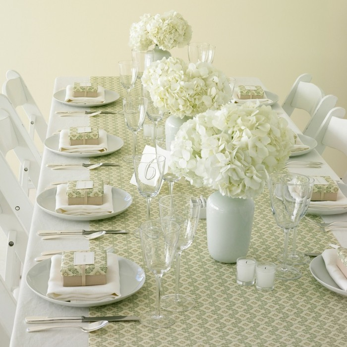 centerpieces wedding table pure white ideas
