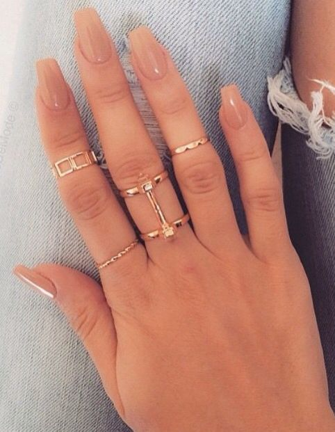 short coffin acrylic nail design that are excellent