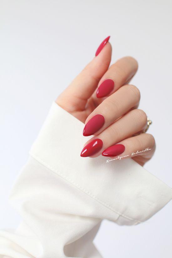acrylic nails;