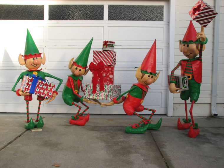 big christmas elves