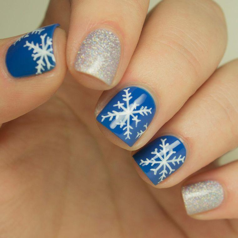 Christmas Snowflakes Nail Designs