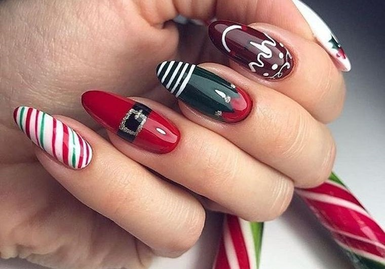 Patterned Christmas Nail Designs