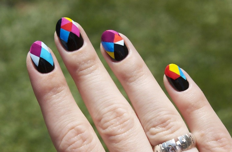 bright-colors-nails-style