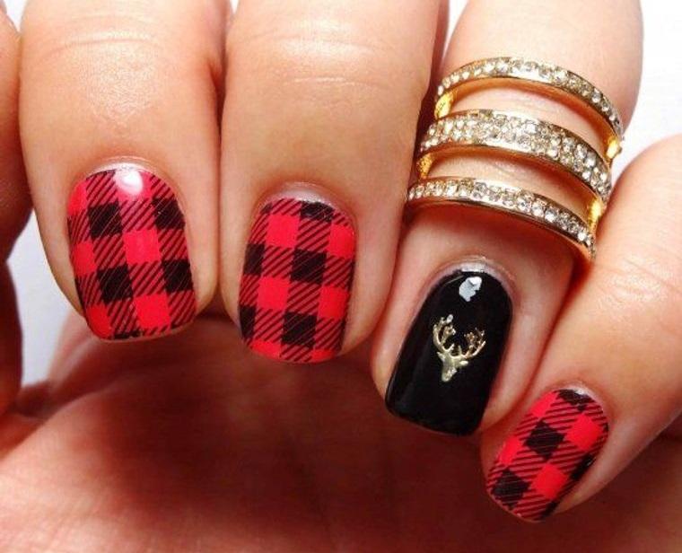 Plaid Christmas Nail Designs