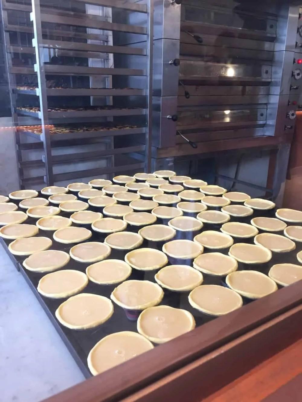 Making pastel de nata - Padrão dos Descobrimentos - A relaxed 72 hours in Lisbon