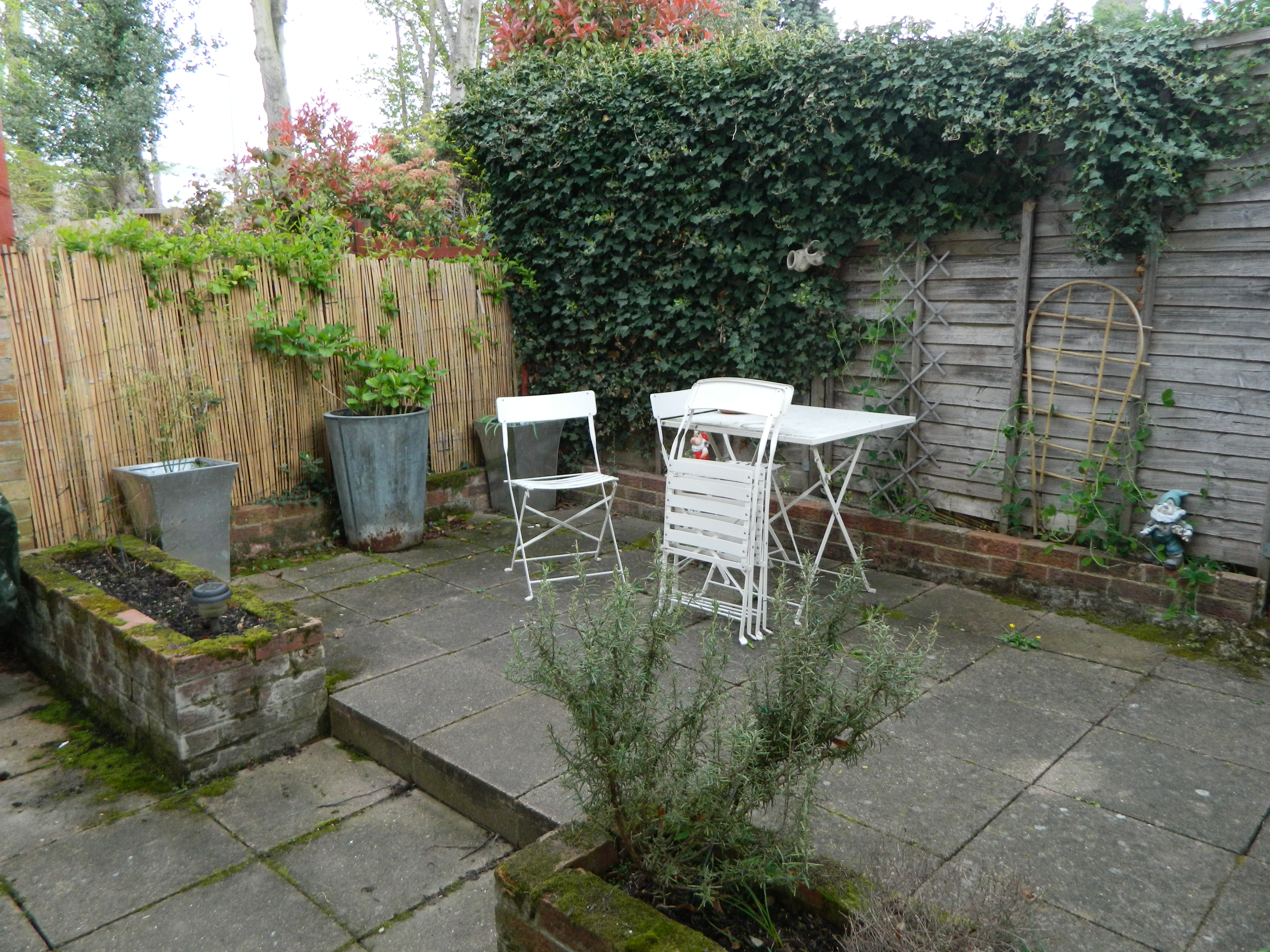 My Tiny Garden Makeover… Part 1 | The Utter Blog on Courtyard Ideas On A Budget id=34028