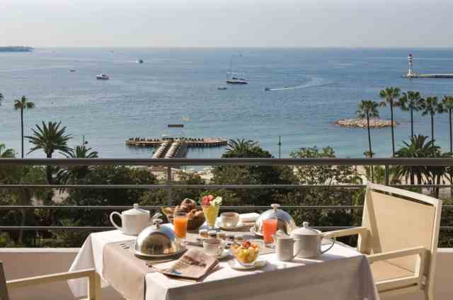 Breakfast at The Majestic in Cannes | Where to Propose in Cannes | The Vacation Builder