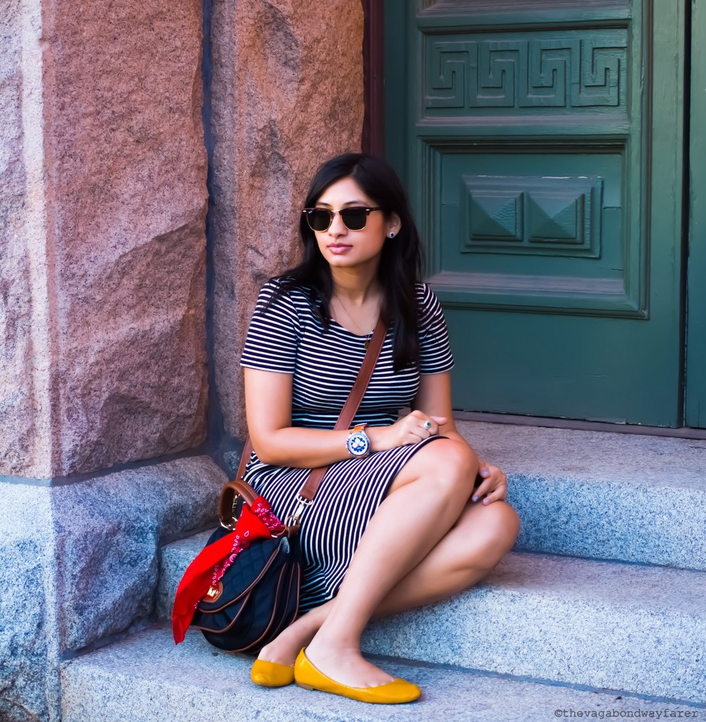 Wearing Madewell dress, Ray-Ban Clubmaster, Fossil watch. Steve Madden bag, Zara flats. Parisian Stripes - The Vagabond Wayfarer