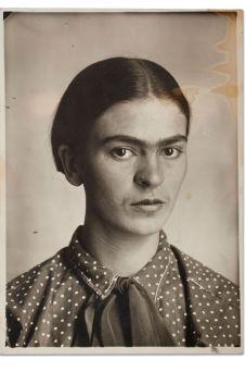 Frida Kahlo, c. 1926. Image courtesy of Museo Frida Kahlo. © Diego Rivera and Frida Kahlo Archives, Banco de México, Fiduciary of the Trust of the Diego Rivera and Frida Kahlo Museums