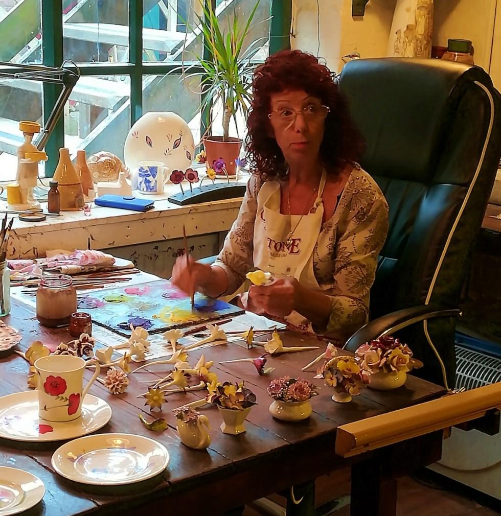 Master decorator Carol Everall