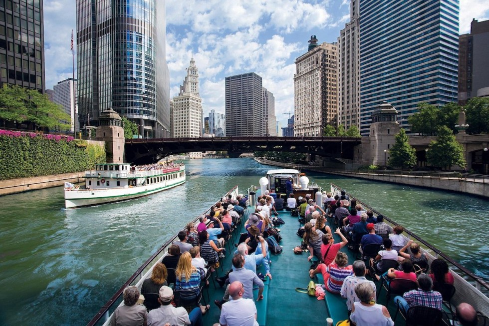 River cruise in Chicago, United States.