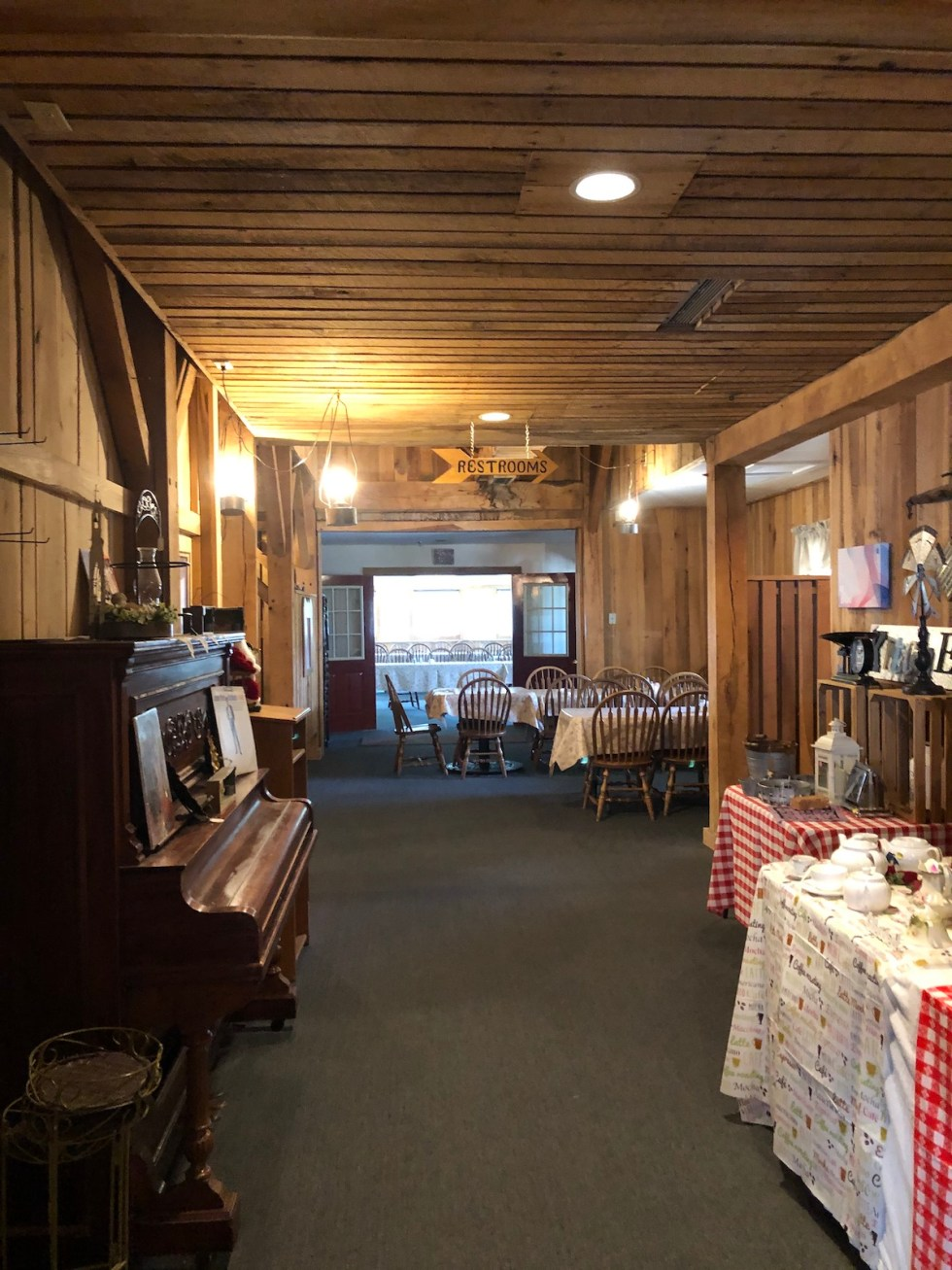 Inside the Gasthof Amish Village Restaurant