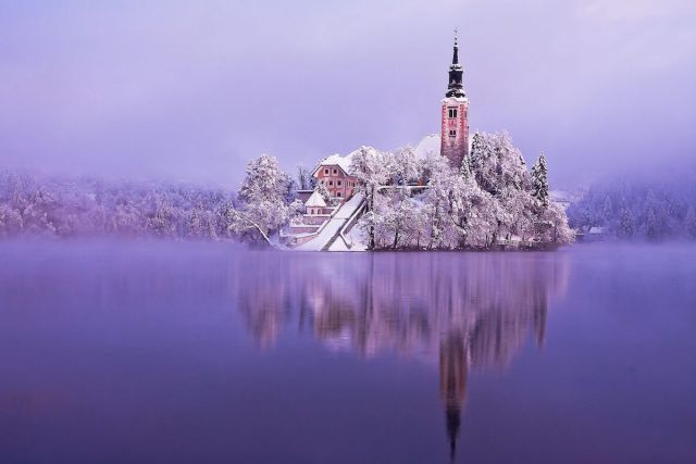 2020/12/bled-island-and-castle-slovenia.jpg?fit=1200,800&ssl=1