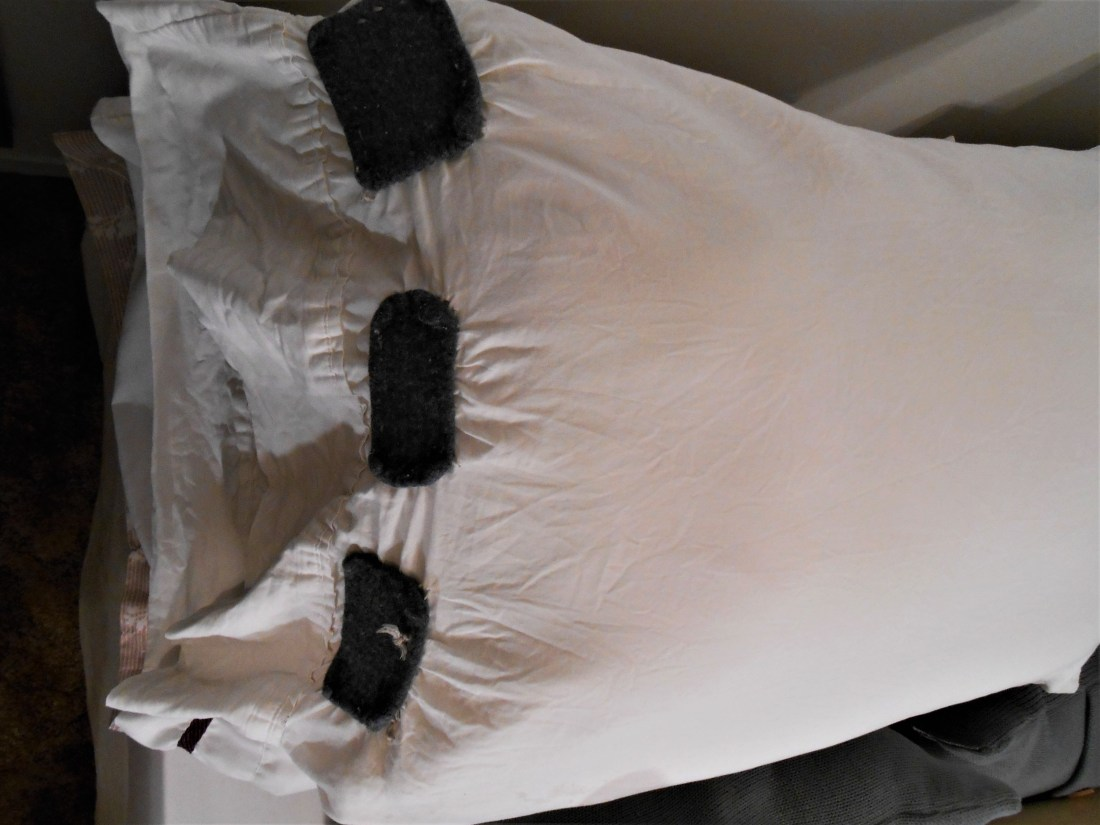 sewing, upcycle, home decor, DIY, reuse, burlap, pillows
