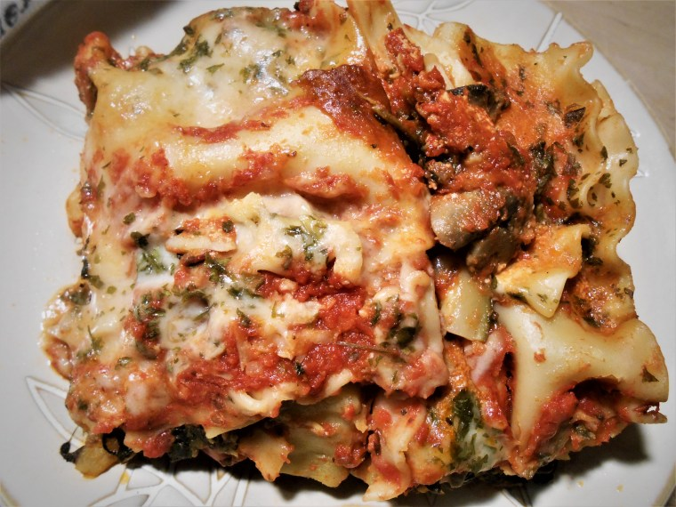 Recipe for vegetarian and vegan lasagna, healthy meal for lunch and dinner.