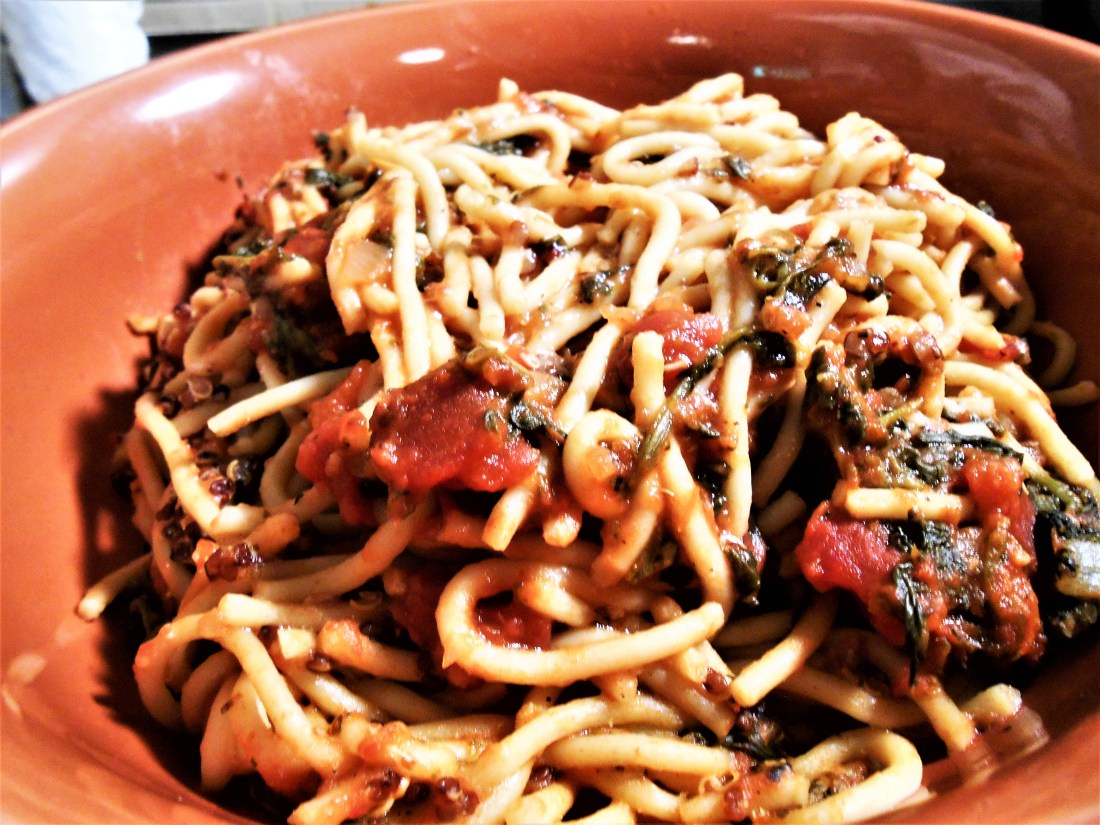 spaghetti, quinoa, spinach, fire-roasted diced tomatoes, vegan, healthy recipes