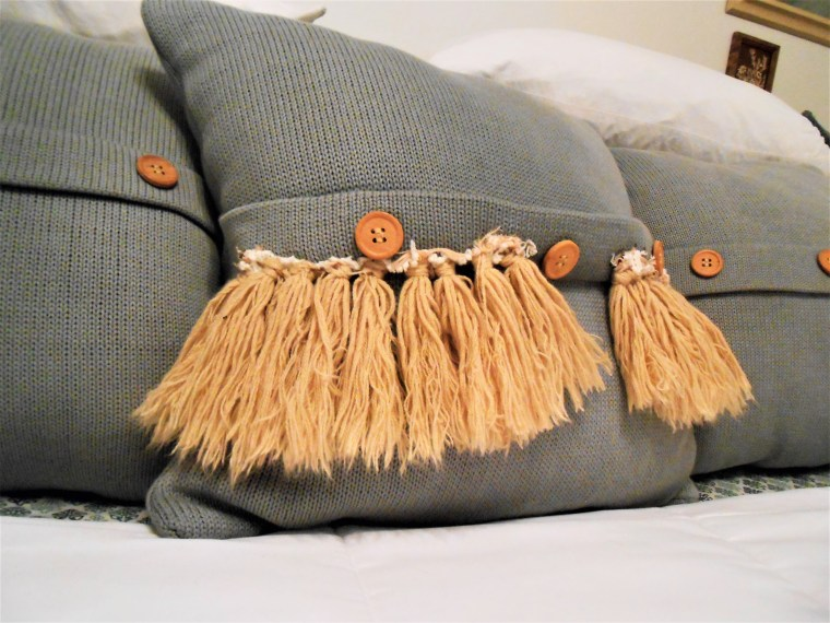 pillows, interior design, bedroom, sewing, home decor, DIY home decor, decorating, upcycling