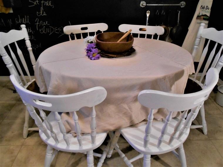 home decor, DIY, home design, interior design, table decor, door, blog, decorations, flowers, door wreath