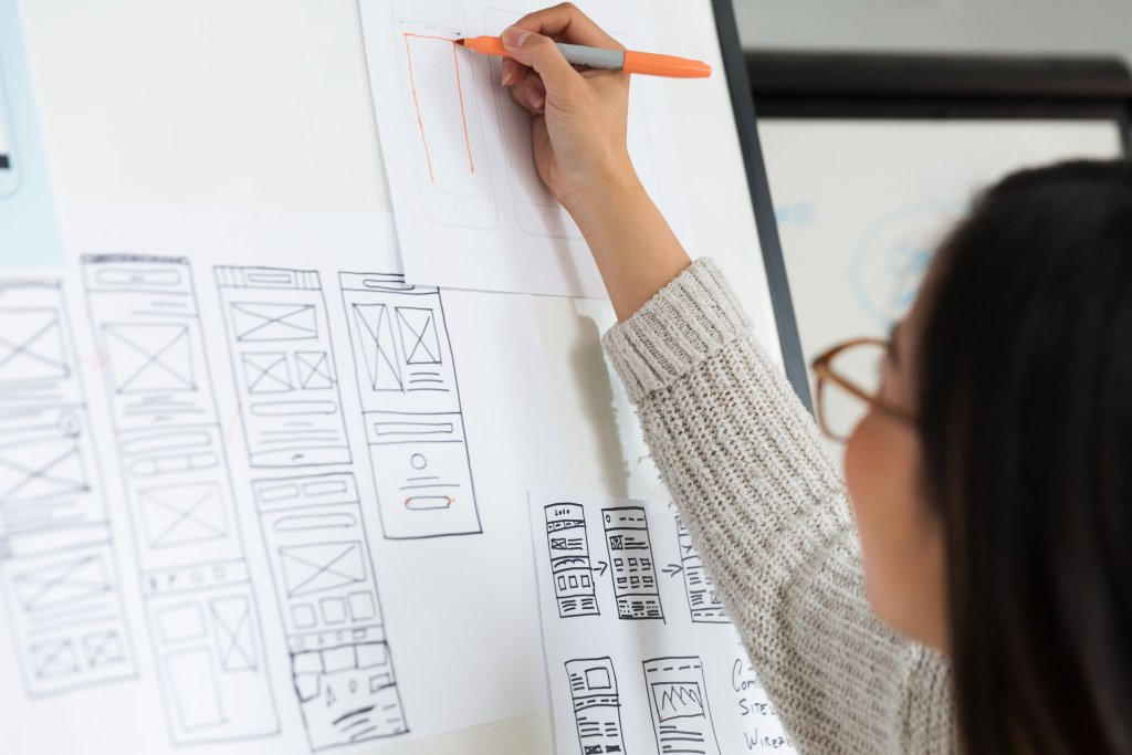 making-changes-to-mobile-wireframes_4460x4460