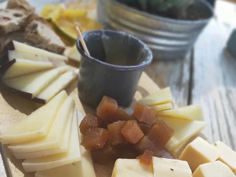 Cheese tasting platter at Cava de Quesos Bocanegra