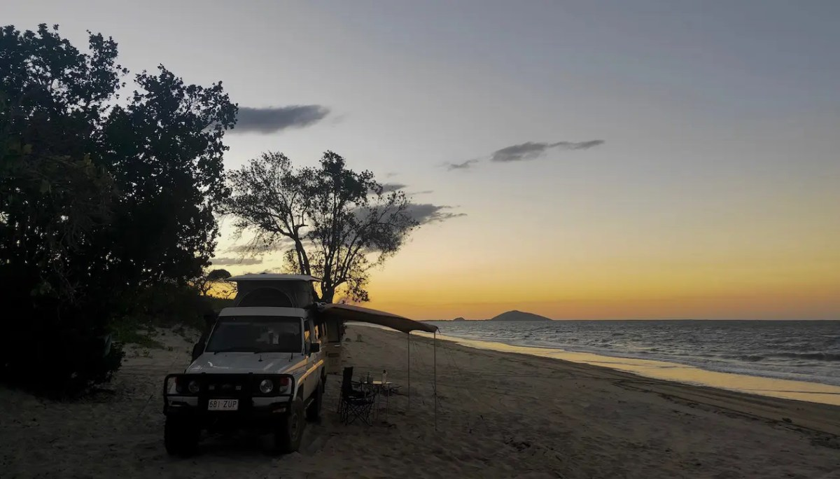 Beach free camping Townsville