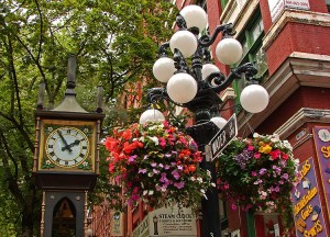 Close_up_of_the_Steam_Clock_in_Gastown_Vancouver