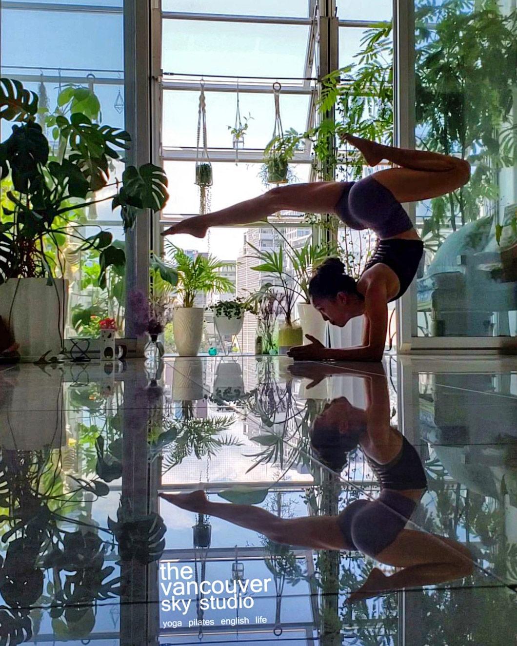 バンクーバースカイスタジオへようこそ! Welcome to The VANCOUVER SKY STUDIO! 大阪ヨガスタジオ osaka yoga studio